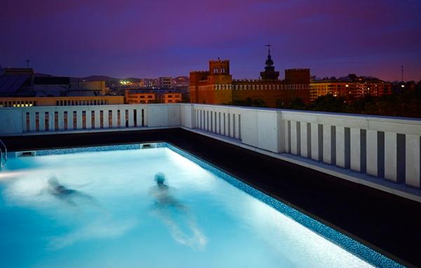 Reparaci n iluminaci n piscina reparaci n de piscinas for Iluminacion led piscinas